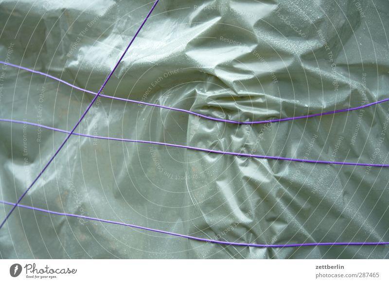 Lieblose Verpackung Freizeit & Hobby gut schön Abdeckung verschnürt Schnur Seil Knoten Packpapier verpackt Geschenk Geschenkpapier Statue Falte knittern