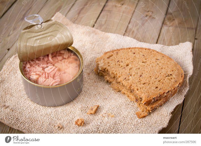thunfisch mit brot Thunfisch Fisch edel Dose Gesunde Ernährung Öl Abendessen Vesper Vollkorn Kohlenhydrate Fett Delikatesse Speise Lebensmittel rustikal