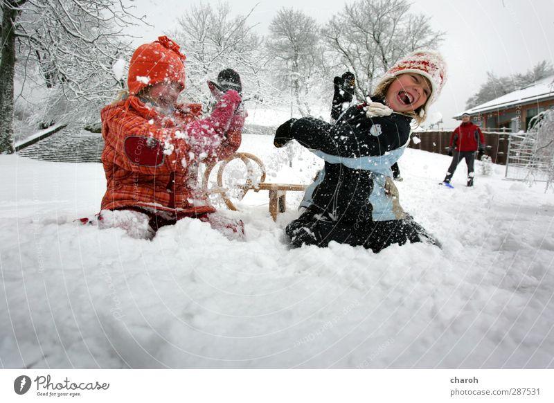 Winterkinderquatsch Mensch Kind blau weiß rot Freude Mädchen schwarz Berge u. Gebirge Schnee Leben feminin Gefühle lachen Spielen