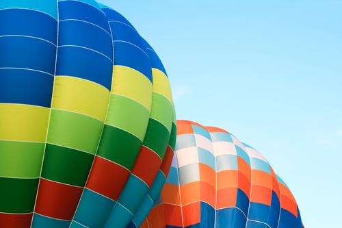 Nahaufnahme von mehrfarbigen Heißluftballons Freude Freizeit & Hobby Ferien & Urlaub & Reisen Abenteuer Freiheit Sport Himmel Verkehr Fluggerät Ballone