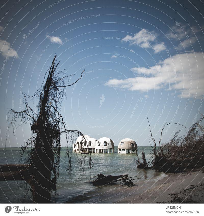 Cape Romano. XXXVII Ferien & Urlaub & Reisen Wasser Stadt Sommer Baum Meer ruhig Landschaft Erholung Haus Ferne Umwelt Architektur Küste Gebäude Tourismus
