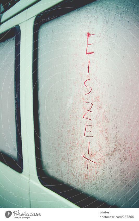 Hotel 4 Jahreszeiten Camping Winter Eis Frost Wohnmobil Bus Schriftzeichen frieren kalt Originalität Frustration Einsamkeit Schutz Eiszeit Autofenster gefroren