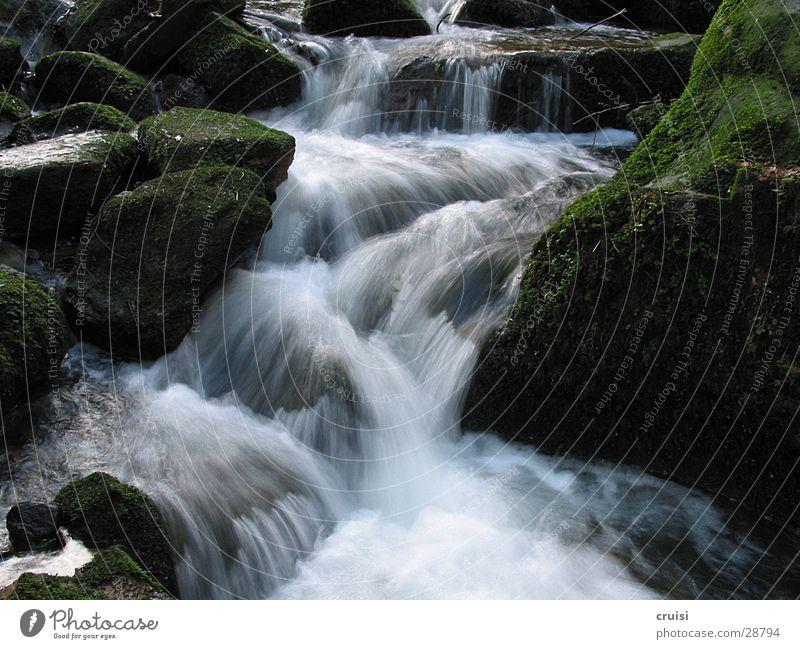 Geisterwasser Bach Wildbach Wasser Fluss Wasserfall Stein