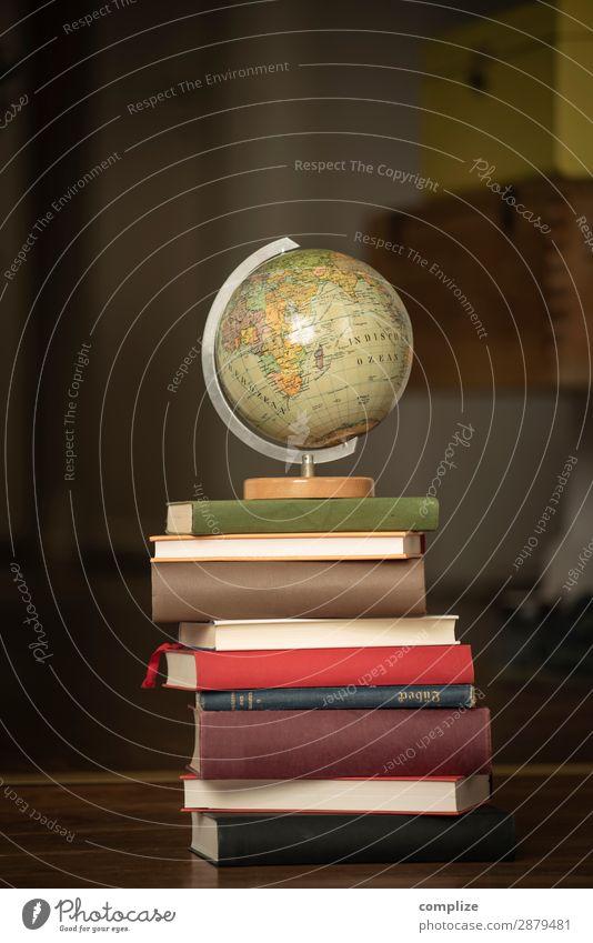 Vintage Globus & alte Bücher | Bildungsreise Lifestyle Stil Freude Ferien & Urlaub & Reisen Tourismus Städtereise Sommer Häusliches Leben Wohnung
