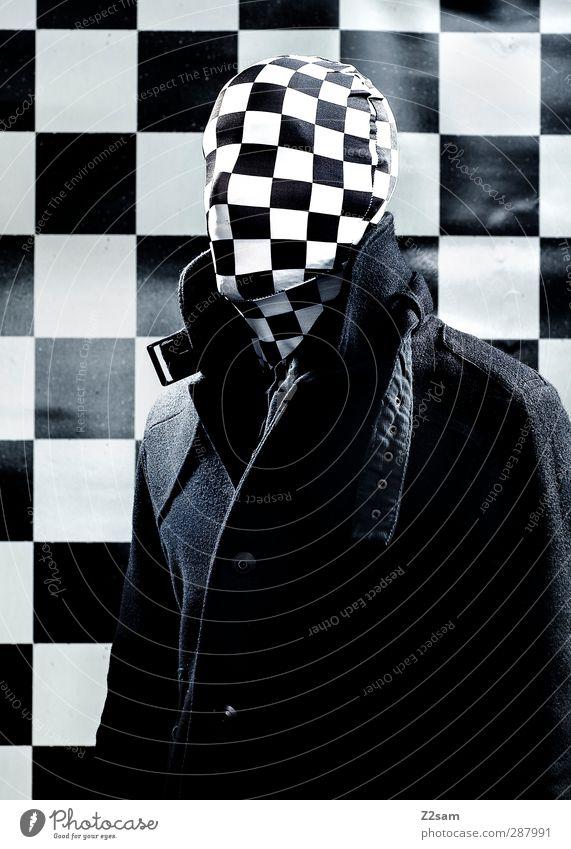 MR. KARO Jugendliche Erwachsene dunkel kalt Junger Mann 18-30 Jahre Kraft maskulin bedrohlich Maske gruselig Jacke skurril böse Surrealismus kariert