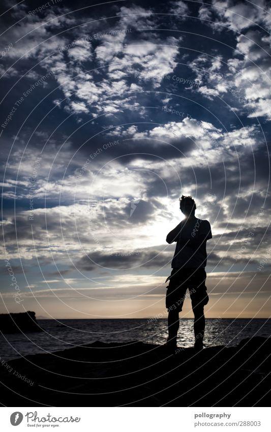 mal abwarten was noch kommt Mensch maskulin Leben Körper 1 18-30 Jahre Jugendliche Erwachsene Umwelt Natur Landschaft Schönes Wetter Hügel Wellen Meer Farbfoto