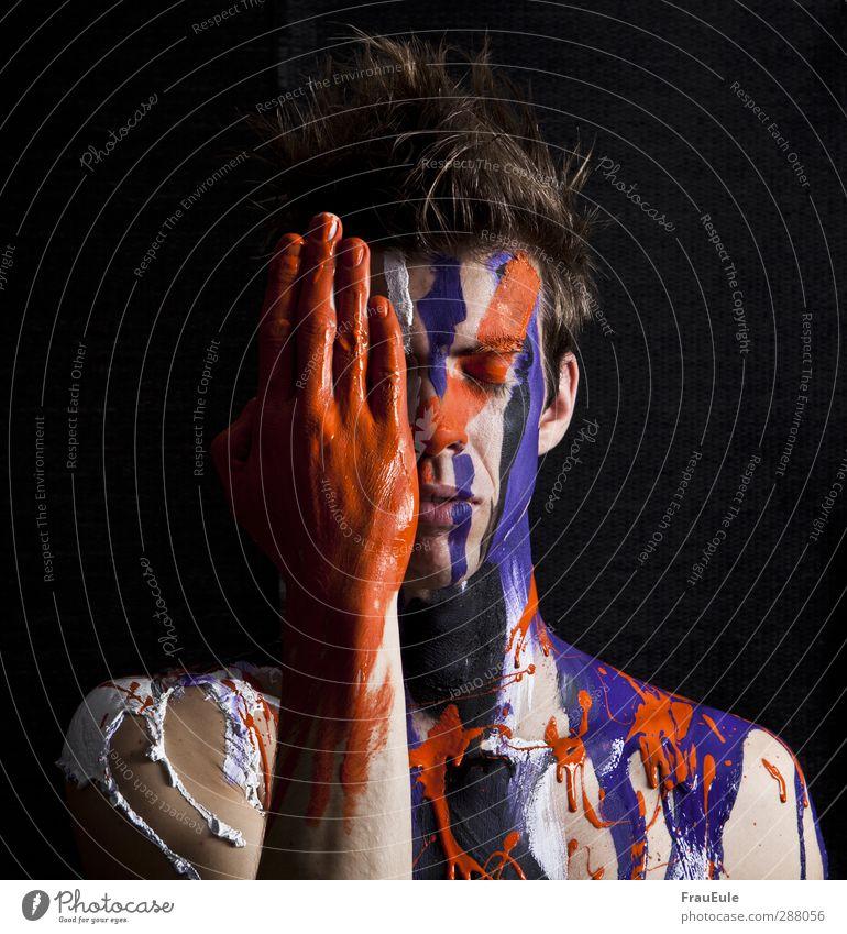 farbkleckse maskulin androgyn Mann Erwachsene Hand 1 Mensch 18-30 Jahre Jugendliche Schauspieler frisch trashig violett orange schwarz weiß Gefühle gewissenhaft