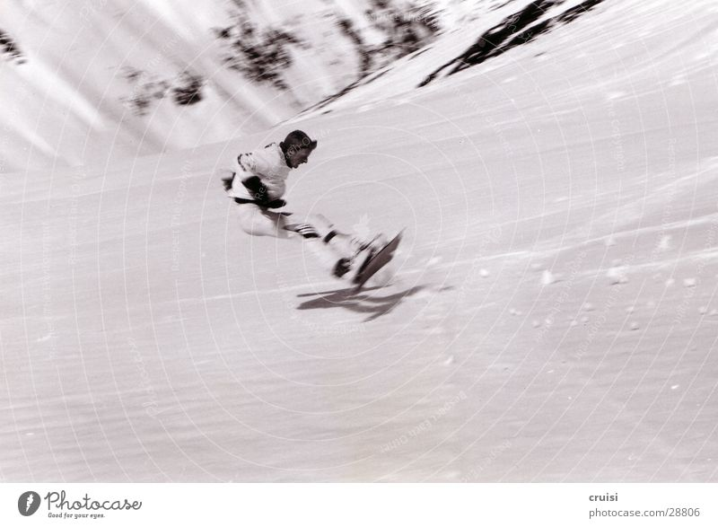 Sturz Teil2 Schnee Sport Geschwindigkeit gefährlich Risiko Österreich Snowboard rückwärts Winterurlaub Missgeschick Skipiste Snowboarding aufschlagen