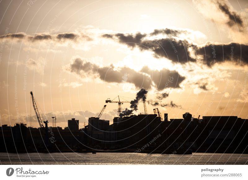 Werktag Natur Landschaft Wasser Himmel Wolken Horizont Sonne Sonnenaufgang Sonnenuntergang Schönes Wetter anstrengen Arbeitszeit Industrie Industrieanlage Rauch