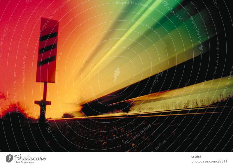 Turbo Verkehr Eisenbahn Geschwindigkeit Gleise mehrfarbig