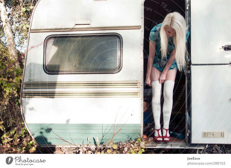 #248544 Mensch Frau Jugendliche Ferien & Urlaub & Reisen schön Erwachsene Leben Stil 18-30 Jahre Mode blond Freizeit & Hobby frisch Tourismus stehen Lifestyle