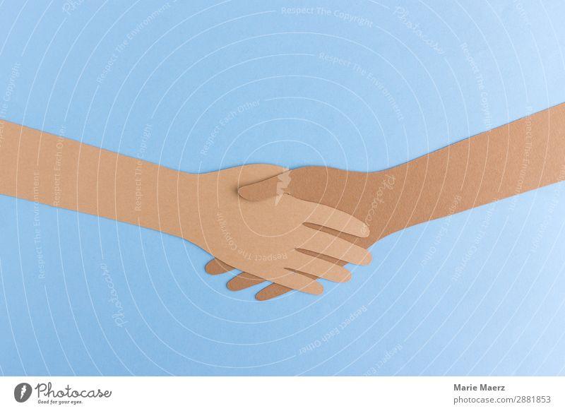 Hände schütteln | Zwei Hände aus Papier ausgeschnitten geben sich die Hand Erfolg sprechen Team Mensch 2 Arbeit & Erwerbstätigkeit Kommunizieren machen