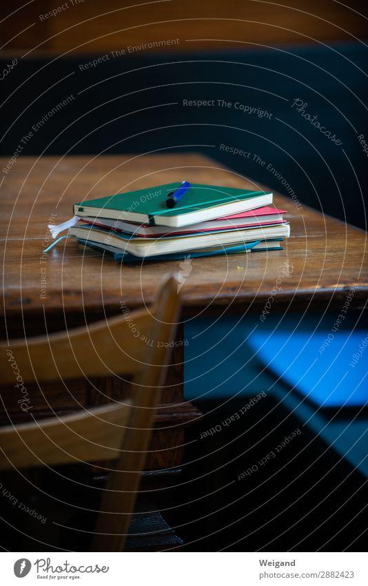 Schreibwerkstatt Zufriedenheit ruhig Meditation Bildung Wissenschaften Erwachsenenbildung Praktikum Büroarbeit Arbeitsplatz genießen Literatur schreiben