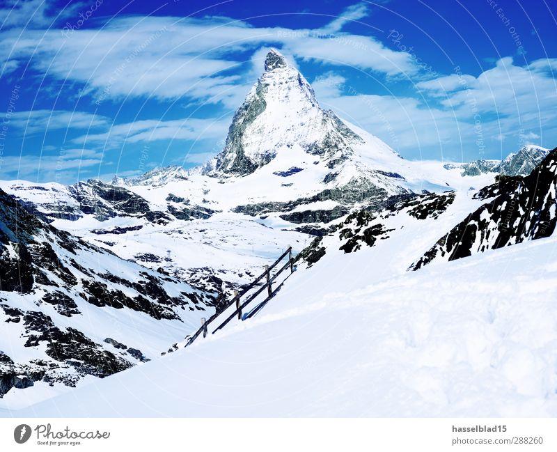 Matterhorn Winter Himmel Natur Landschaft kalt Berge u. Gebirge Schnee Sport Schönes Wetter Gipfel Alpen Schneebedeckte Gipfel Schweiz Fußspur Gletscher