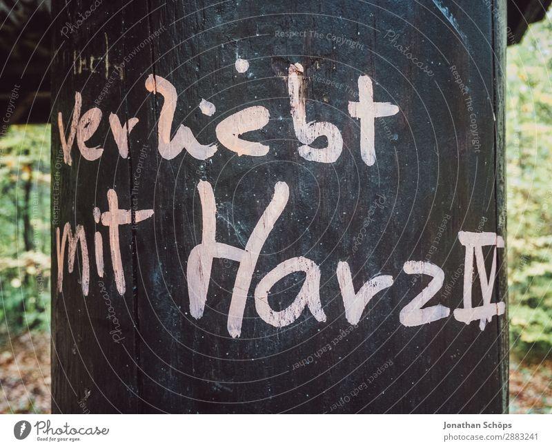 Verliebt mit Hartz IV Zufriedenheit Sorge Angst Zukunftsangst Verzweiflung Trägheit bequem Frustration Armut Armutsgrenze Existenz Arbeit & Erwerbstätigkeit