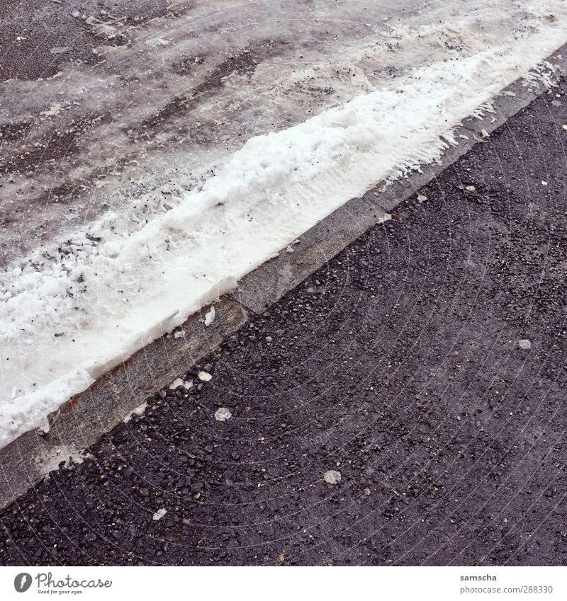 winterlich III Stadt Winter kalt Umwelt Straße Schnee Wege & Pfade Eis Verkehr frei nass Frost Verkehrswege Straßenbelag Straßenverkehr Bordsteinkante