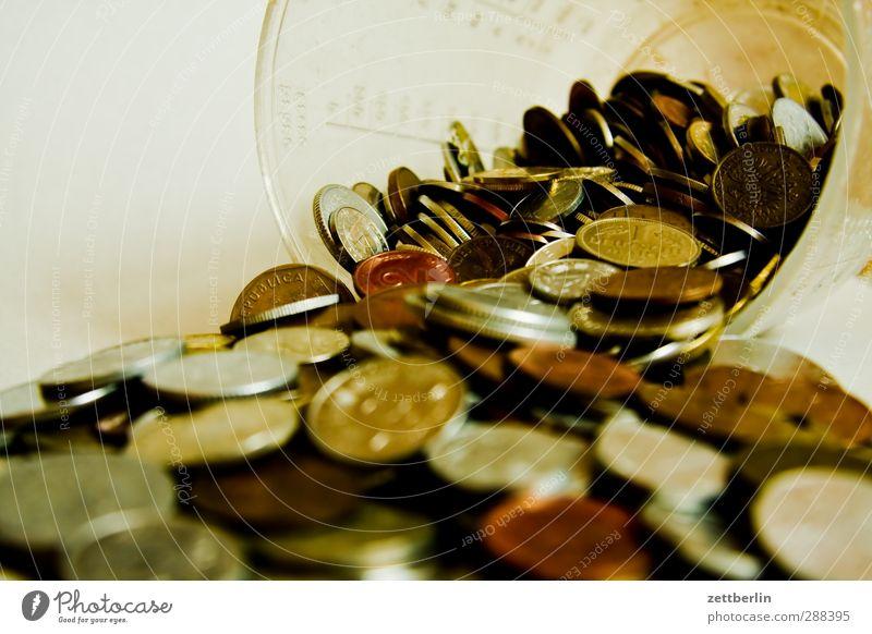 Geld Metall Business Geld Geldinstitut Reichtum Wirtschaft Karriere bezahlen Geldmünzen Börse entladen Kapitalwirtschaft Bargeld