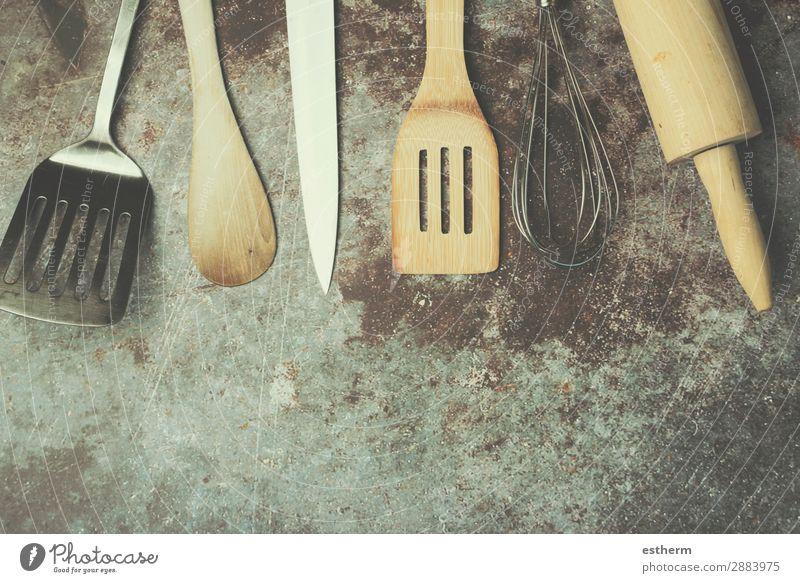 Küchenutensilien Besteck Messer Löffel Lifestyle Design Tisch Restaurant Arbeit & Erwerbstätigkeit Beruf Gastronomie Werkzeug Kochlöffel Holz Metall Stahl Diät