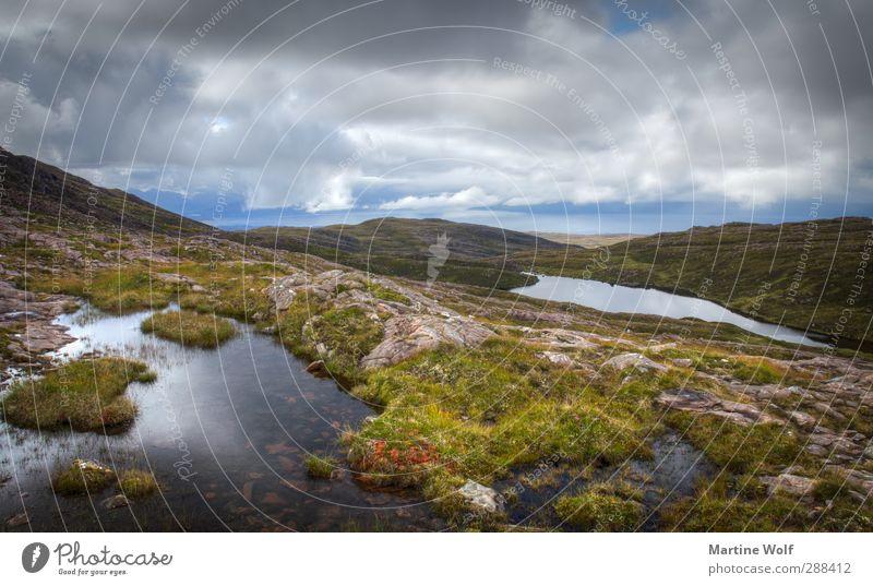 Lochs Ferien & Urlaub & Reisen Ausflug Ferne Freiheit Natur Landschaft Pflanze Wasser Wolken Gras Moos Hügel Felsen Bucht Moor Sumpf Teich Applecross