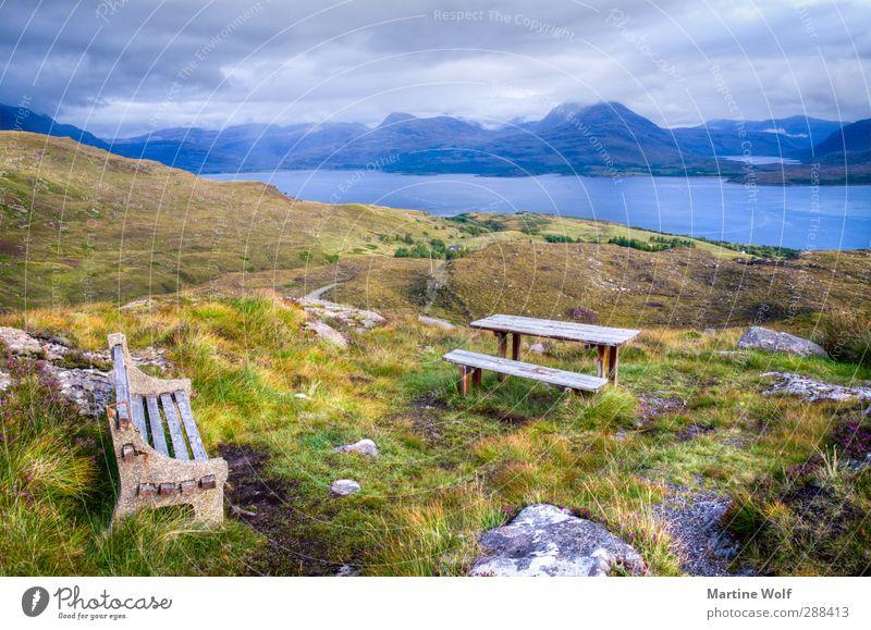 Bank mit Aussicht Ferien & Urlaub & Reisen Ausflug Ferne Natur Landschaft Pflanze Wolken Gras Hügel Berge u. Gebirge Bucht Applecross Großbritannien Schottland