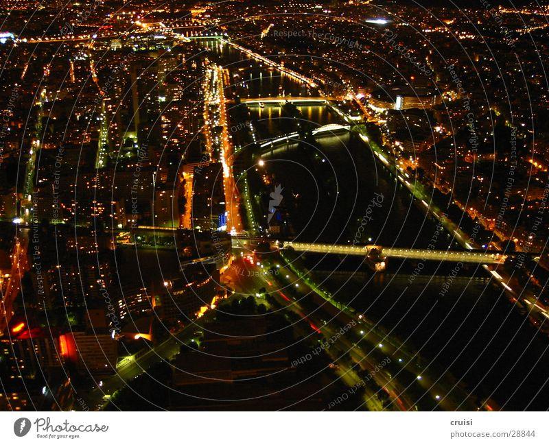 Paris by Night Wasser schwarz dunkel Beleuchtung Europa Brücke Romantik Niveau Paris Frankreich Seine