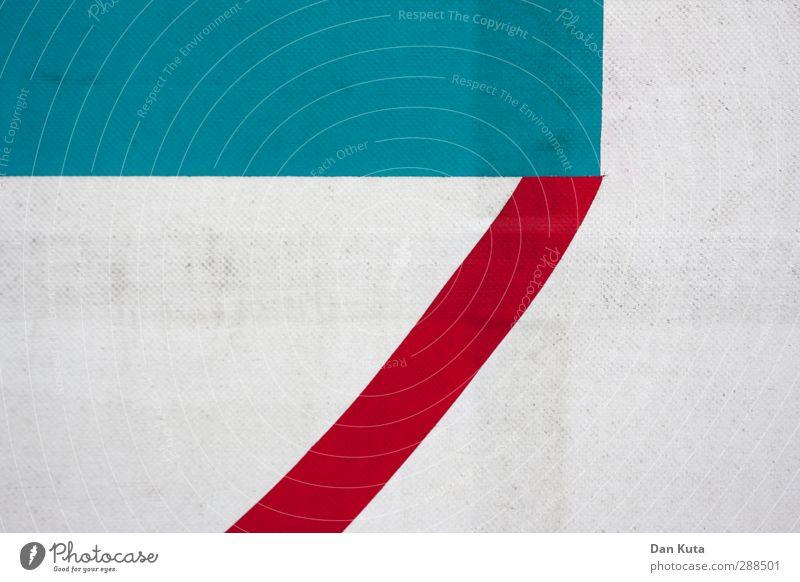 Komma von der Plane wech. Kunststoff authentisch dreckig blau rot weiß Abdeckung LKW-Plane Detailaufnahme Grafik u. Illustration Strukturen & Formen Kontrast