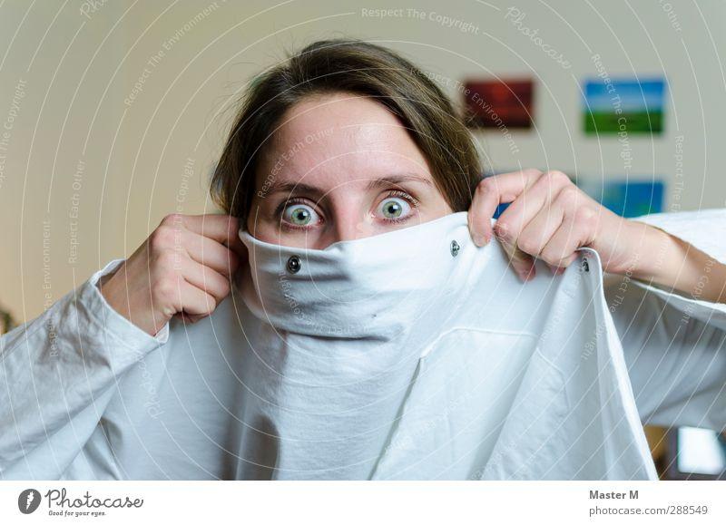Buhuuu! Mensch Jugendliche Hand Erwachsene Junge Frau Auge feminin Kopf 18-30 Jahre Angst verrückt Bekleidung Todesangst brünett Stress Geister u. Gespenster