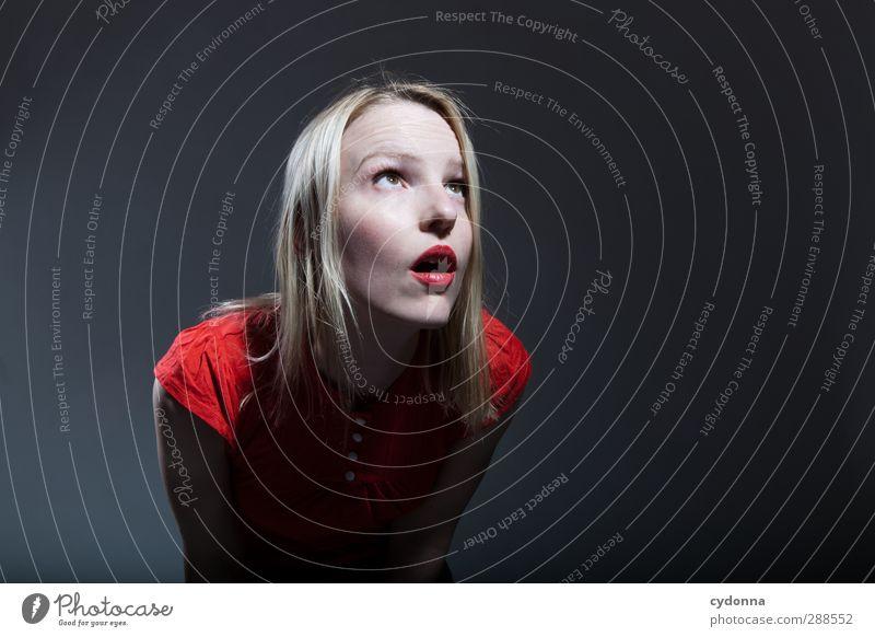 Erleuchtung? Mensch Junge Frau Jugendliche 18-30 Jahre Erwachsene Beratung Bildung einzigartig entdecken erleben Erwartung bedrohlich geheimnisvoll Glaube