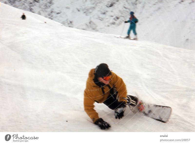 Frontside weiß Freude Winter kalt Schnee Sport Geschwindigkeit berühren Körperhaltung aufwärts Kurve abwärts Österreich Schwung Snowboard Winterurlaub