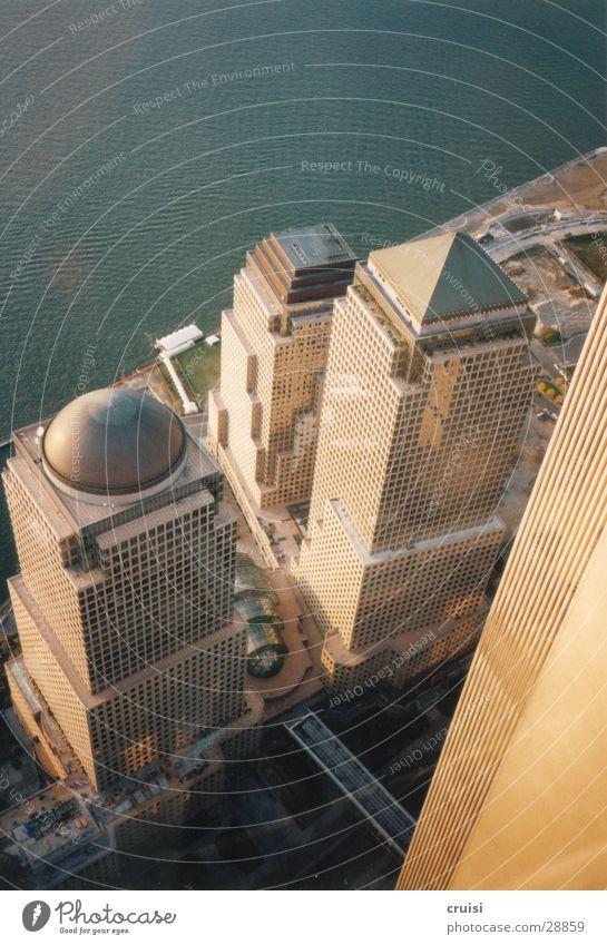 View from World Trade Center Hochhaus New York City Fassade Kuppeldach Architektur Niveau Perspektive Vogelperspektive Hochhausfassade abwärts