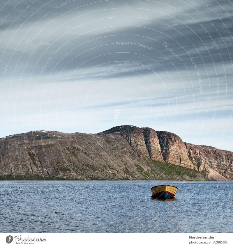 Tanafjord Himmel Natur Ferien & Urlaub & Reisen Meer Einsamkeit Wolken ruhig Landschaft Erholung Ferne Berge u. Gebirge Küste Felsen Stimmung Wasserfahrzeug