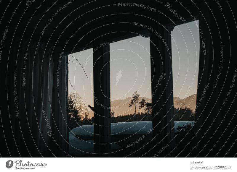 Sonnenuntergang Bergblick aus dem Kabinenfenster Alpen Berge u. Gebirge Gipfel Schneebedeckte Gipfel Kufstein Deutschland Stimmung Hütte Gardine Aussicht Winter