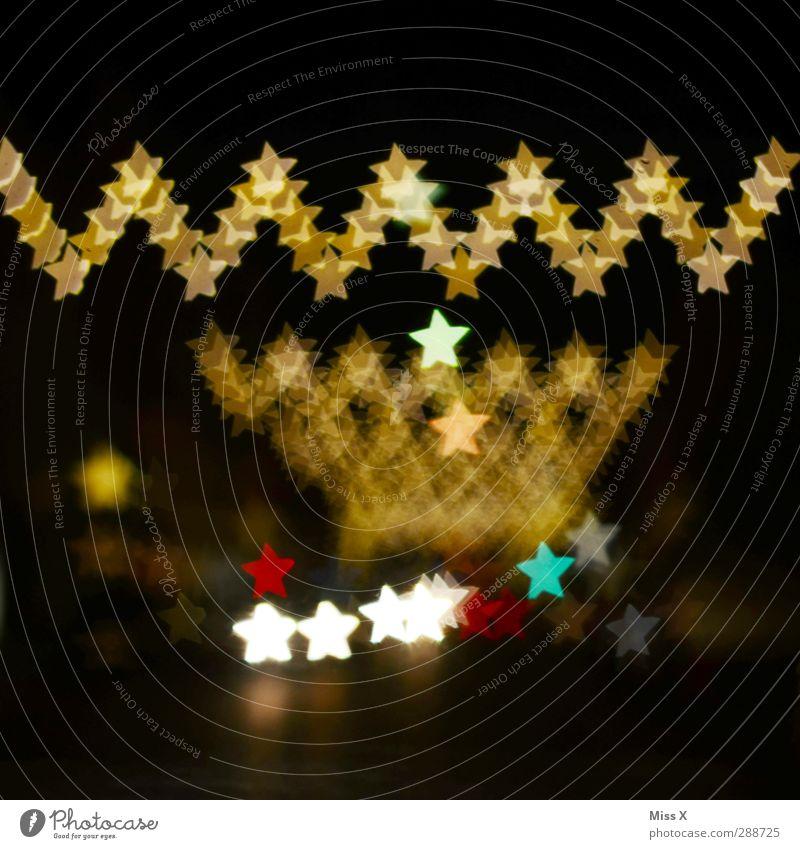 Weihnachtsmarkt Weihnachten & Advent Feste & Feiern gold leuchten Stern (Symbol) Weihnachtsdekoration Lichterkette Lichtermeer Weihnachtsbeleuchtung