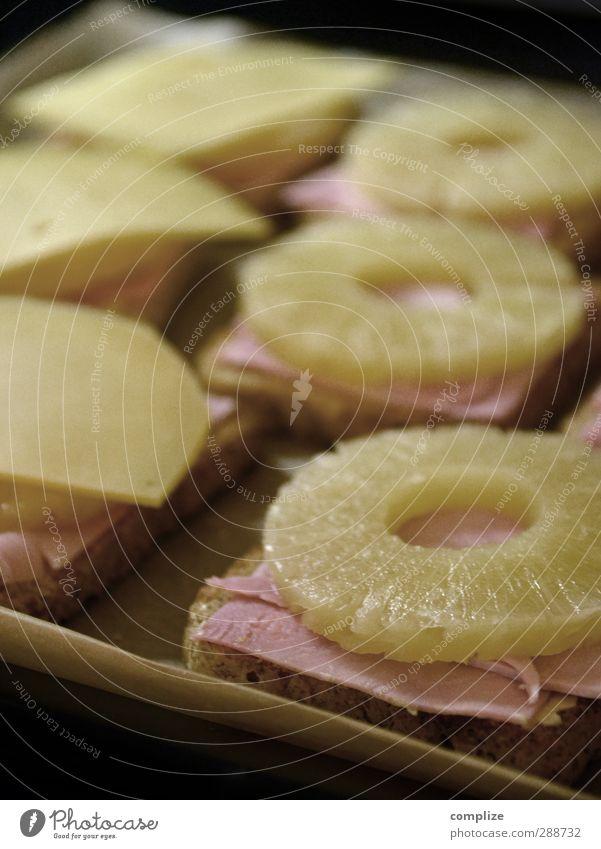 Hawaiianische Küche Essen Lebensmittel Wohnung Lifestyle Häusliches Leben Ernährung retro Kochen & Garen & Backen Brot Abendessen Brötchen exotisch Fleisch