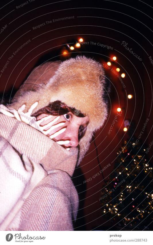 Frostige Weihnacht Mensch Frau Jugendliche Weihnachten & Advent schön Junge Frau Freude Gesicht kalt Erwachsene Leben feminin Stil Lifestyle Feste & Feiern Mode