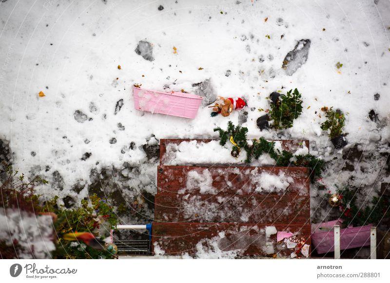 Alles Gute kommt von oben Weihnachten & Advent grün weiß Winter Schnee Anti-Weihnachten liegen rosa Treppe Dekoration & Verzierung fallen Deutsche Flagge