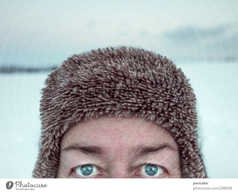 vodka Leben Winter Schnee Mensch androgyn Erwachsene Gesicht Auge 1 45-60 Jahre Natur Landschaft Mütze Kraft Willensstärke Mut Tatkraft Leidenschaft