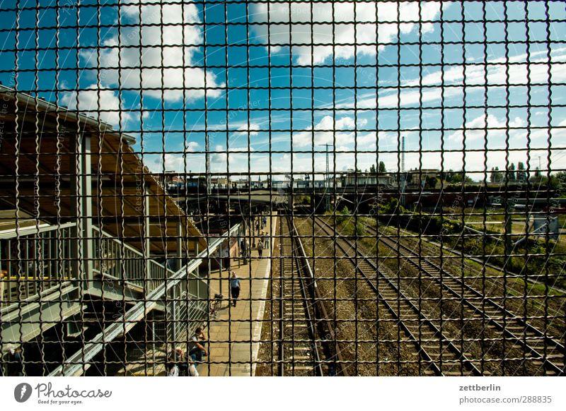 Ostkreuz Sommer Himmel Wolken Hauptstadt Bahnhof Bauwerk Gebäude Architektur Sehenswürdigkeit Verkehr Verkehrsmittel Verkehrswege Personenverkehr