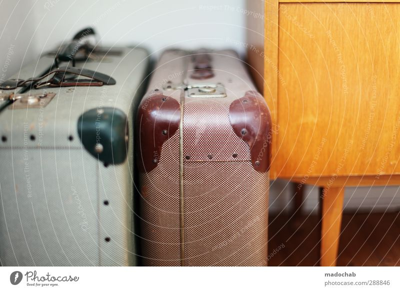 Ich packe meinen Koffer & nehme mit ... Ferien & Urlaub & Reisen Ferne träumen Wohnung Ordnung Design Tourismus Lifestyle Häusliches Leben Ausflug ästhetisch