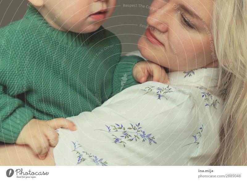 An deiner Seite Kind Mensch Jugendliche grün weiß 18-30 Jahre Erwachsene Leben Liebe Gefühle Familie & Verwandtschaft Glück Junge Zusammensein blond Lächeln