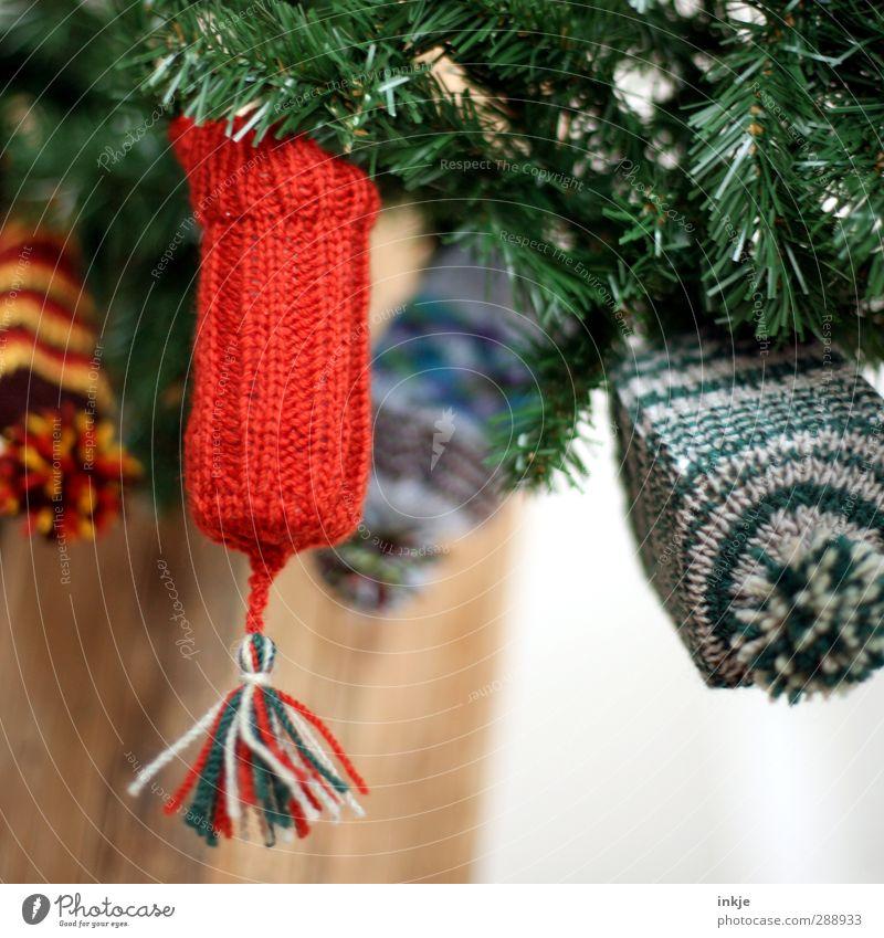Wichtelmütze I Weihnachten & Advent rot klein Kindheit Freizeit & Hobby Häusliches Leben Dekoration & Verzierung niedlich Geschenk einzigartig Mütze Überraschung hängen Tradition Verpackung innovativ