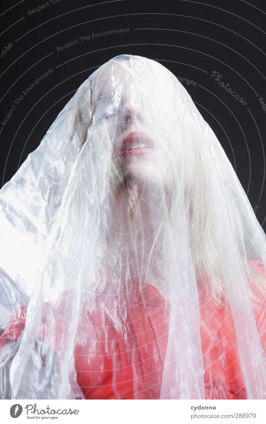 Red Bride elegant schön Gesicht Lippenstift Erholung ruhig Mensch Frau Erwachsene 18-30 Jahre Jugendliche ästhetisch einzigartig erleben Erotik Gefühle