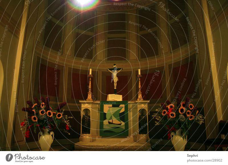 Pafueninsel Kirche Religion & Glaube Kruzifix Jesus Christus Gotteshäuser Altar Kirchenraum