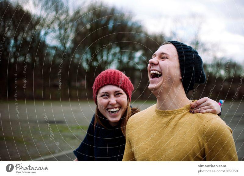Lachen Mensch Jugendliche Freude Winter Erwachsene 18-30 Jahre Liebe Gefühle feminin Herbst lachen Glück Paar Freundschaft maskulin Erfolg