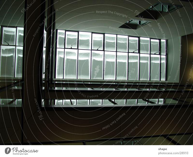 floor_01 dunkel schwarz weiß Fenster Dach Architektur hell Glas Lichterscheinung Geländer