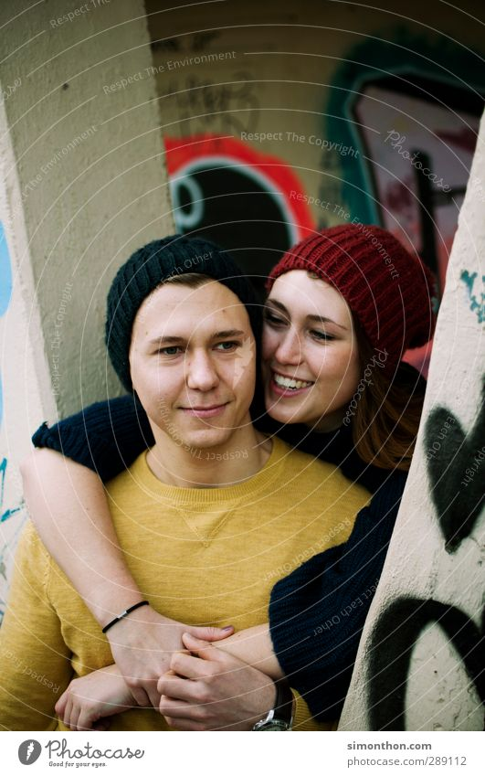 Glück Junge Frau Jugendliche Junger Mann Geschwister Familie & Verwandtschaft Freundschaft Paar Partner Leben 2 Mensch 18-30 Jahre Erwachsene Freude