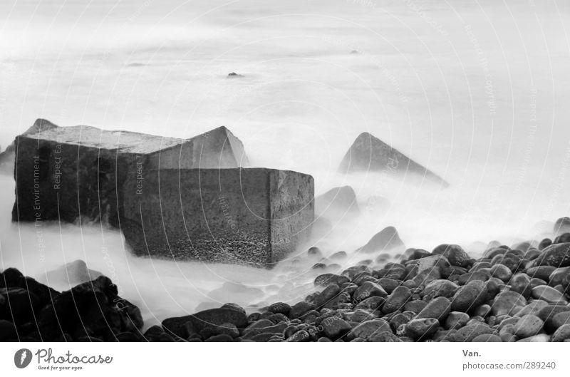 Weichspüler Wasser Meer Landschaft Umwelt Küste Stein hell Felsen Beton weich Block Kieselstrand Quader
