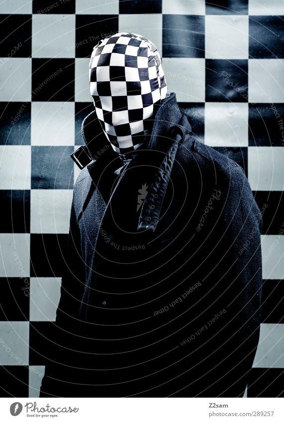 Mr. Karo Jugendliche Erwachsene dunkel kalt Junger Mann 18-30 Jahre maskulin Kraft bedrohlich Maske gruselig Jacke skurril böse Surrealismus kariert