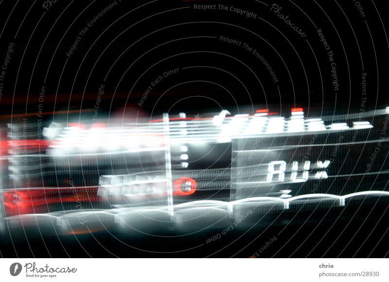 GEZ Bewegung Musik hell Geschwindigkeit obskur Dynamik Radio Ton Lautstärke Frequenz
