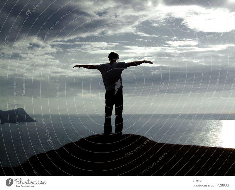 soulfly Wolken Meer Gefühle Erinnerung Wellen Luft See Vogel Klippe Wasser Himmel Freiheit Fjord Mensch Arme fliegen Wind Felsen Stein